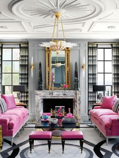Hollywood Regency Style #pinksofa #bolddesign #apartment #livingroomdecor