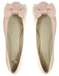 ballet flats with bows <3