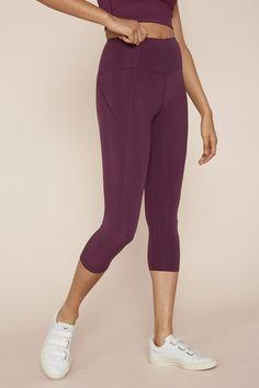 bfebbc84f6 18 Best leggings images   Sport bras, Running socks, Running women