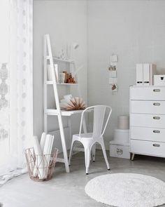 biurko-regał