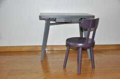 Bureau et chaise d'écolier années 50 : Chambre d'enfant, de bébé par simple-et-joli