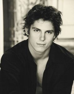 Image discovered by micaela. Find images and videos about sean faris on We Heart It - the app to get lost in what you love. Hello Gorgeous, Beautiful Boys, Gorgeous Men, Beautiful People, Sean Faris, Tom Cruise Young, I Used To Believe, Le Male, Attractive Men