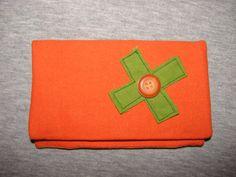 """simple mais original, ce modèle munis d'une poche pour les filtres et les feuilles se nomme """"Bab'Orang"""""""