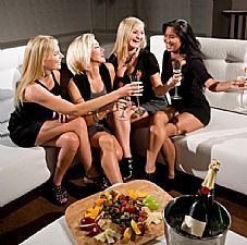 Hen Party Houses and Activities for Weekends in the UK, Ireland and France