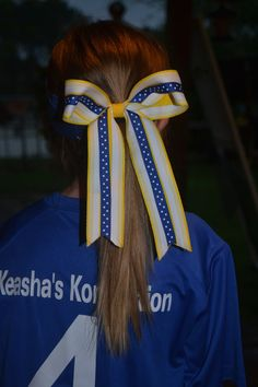 Do you make your own hair bows? This is a simple style used for girls sports, check it out!