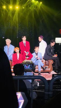 Love you guys so much ❤️💎👑 Convert EXO Planet The EXplOration 5 in Seoul 🇰🇷 Baekhyun Chanyeol, Park Chanyeol, Exo Ot12, Chanbaek, K Pop, 2019 Ford Explorer, Explorer Sport, Luhan And Kris, Adventure Aesthetic
