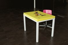 Post-it table by SoupStudio