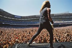 American guitarist and singer James Hetfield of the heavy metal group Metallica performs onstage at the Robert F Kennedy Memorial Stadium, Washington DC, June James Hatfield, Metallica Concert, Documentary Now, Concert Crowd, Jason Newsted, Robert Trujillo, Music Pics, Heavy Metal Bands, Rock Music