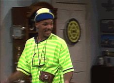 dancing will smith fresh prince of bel air from Fresh Prince, Will Smith Gif, Willian Smith, 90s Tv Shows, Richard Gere, Hip Hop And R&b, Funny As Hell, Cute Disney, Actors & Actresses