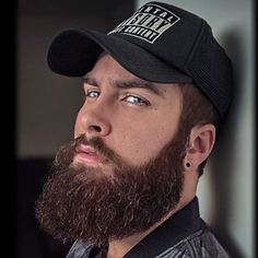 "1,476 curtidas, 15 comentários - BEARDS IN THE WORLD (@beard4all) no Instagram: ""@ig4axel #beautifulbeard #beardmodel #beardmovement #baard #bart #barbu #beard #beards #barba…"""