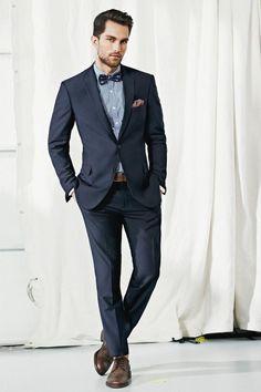 Suit☆BowTie: notice the plaid shirt & pop off color in the p. Square
