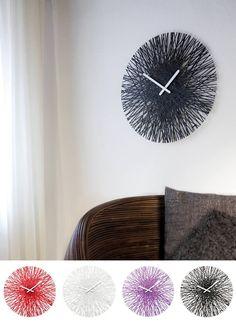 """Original, minimalista y muy colorido es nuestro reloj de pared """"Silk r"""" Ideal para esas paredes lisas para dar un toque de color y de alegría. Disponible en 5 colores. $29,900"""