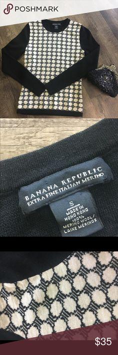 Banana Republic Italian Merino wool sweater Extra fine Merino wool black and white sweater. Extremely soft! Perfect with pearls and black pants and heels. Size small Banana Republic Sweaters Crew & Scoop Necks