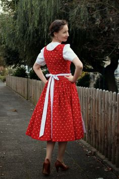 sewing galaxy: Mein Dirndl Sewing, Red, Blog, Clothes, Vintage, Style, Fashion, Curve Dresses, Nice Asses