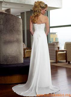Robe de mariée simple Mousseline Traine Courte Classique Col En Coeur