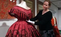 Ca.1860 red and black figured silk evening dress (and Rebecca Quinton, Curator of European Costume & Textiles), Glasgow Museums.
