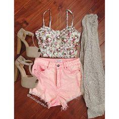 Beige heels and cardigan, pink shorts,& floral crop top.