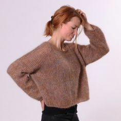 Ravelry: Lina Sweater pattern by Hobbii Design Sweater Knitting Patterns, Knit Patterns, Free Knitting, Oversize Pullover, Pullover Sweaters, Pull Mohair, Mohair Sweater, Yarn Brands, Knit Or Crochet
