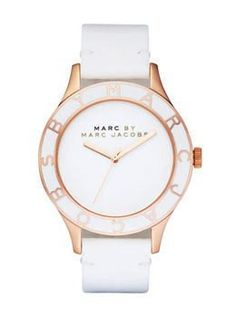 Montre tendance : White. It's for my wrist.
