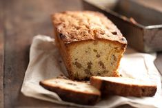 Budín inglés - Maru Botana Candy Recipes, My Recipes, Bread Recipes, Pan Dulce, Pastry And Bakery, Holiday Dinner, Cakes And More, Food Photo, Baked Goods