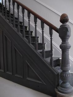 The Best 24 Painted Stairs Ideas for Your New Home Hallway – coat of Great white Farrow and ball floor paint + All white Farrow and ball walls and …Hallway – coat of Great white Farrow and ball floor paint + All white Farrow and ball walls and … Black Staircase, Staircase Landing, Staircase Design, Staircase Ideas, Victorian Hallway, Victorian Terrace, Victorian Homes, Painted Staircases, Painted Stairs
