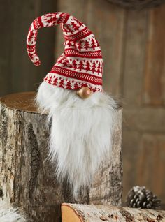 Franciskas Vakre Verden: Julens trender I have this one! My favorite Christmas decoration. Christmas Gnome, Winter Christmas, All Things Christmas, Merry Christmas, Christmas Trends, Scandinavian Gnomes, Scandinavian Christmas, Norwegian Christmas, Theme Noel