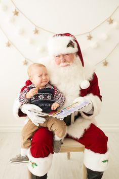 Peanuts Christmas, Christmas Minis, Santa Christmas, Christmas Mini Sessions, Family Christmas Cards, Christmas Pictures, Christmas Photos, Picture Backdrops, Christmas Backdrops