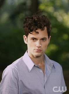 """GOSSIP GIRL-- """"High Infidelity""""-- image GO602A_ 0843 Pictured: Penn Badgley as Dan Humphrey   Photo: Pat Harbron/The CW -- © 2012 The CW Network. All Rights Reserved"""