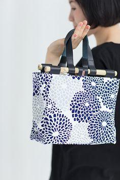 Michiyuki Bamboo Basket Bag Chrysanthemum Burst Blue : SOU • SOU US Online Store Bamboo Basket, Basket Bag, How To Make Handbags, Chrysanthemum, Natural Leather, Leather Handle, You Bag, Cotton Canvas, Store