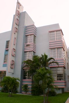 Art Deco   |   Miami, Florida, USA. Refer a friend who is in the market for a #Chevy and I will give you $50 if he/she buys. $100 for any #Corvette. Call #Miguel 786.970.3792