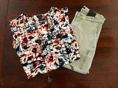 Mixed Floral Grid Top - Ann Taylor. Zippered Skinny Pant in Putty - Banana Republic. Necklace - The Loft.