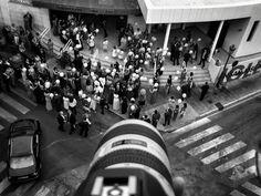 """Día 272: """"¡que vienen los #novios, soltar los #globos! #Fengirola #proyecto365 días, solo fotos con #Iphone6plus www.miguelonievafotografo.com"""