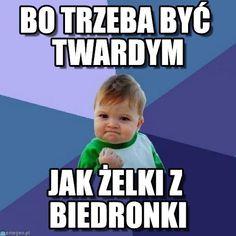 Zdjęcie nr 1 z galerii: Success kid - memy, Najnowsze i najbardziej ciekawe fotki gwiazd. Kozaczek.pl - świat karmi się plotką.
