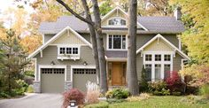 The Window Box - craftsman - exterior - toronto - David Small Designs Craftsman Exterior Colors, Exterior Color Schemes, Craftsman Style Homes, Exterior House Colors, Exterior Design, Exterior Paint, Craftsman Houses, Craftsman Porch, Bungalow Exterior