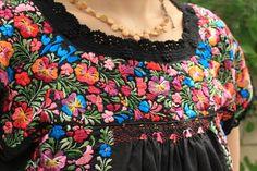 SanAntonino 刺繍 メキシコ雑貨とメキシコ刺繍服・世界の輸入雑貨通販ショップ llamallama
