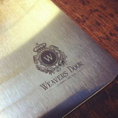 Weavers Door logo engraved on the shirting tool.
