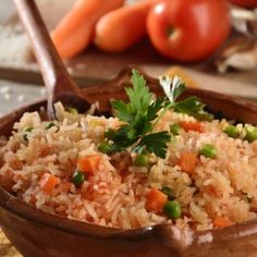 Arroz Recipe, Mexican Food Recipes, Ethnic Recipes, Fried Rice, Food And Drink, Lunch, Dishes, Recipe Ideas, Green Rice