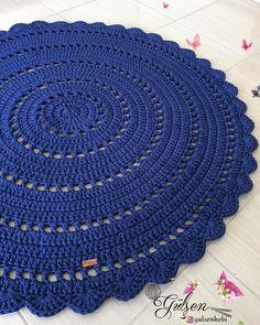 Handmade Crochet Rug It Is Crochet Doily Rug, Crochet Rug Patterns, Crochet Carpet, Crochet Tablecloth, Crochet Round, Crochet Home, Diy Crochet, Crochet Designs, Crochet Flowers
