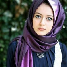 girl On bouncing Early morning BooBers be a bouncing hot women Beautiful Muslim Women, Beautiful Hijab, Beautiful Celebrities, Beautiful Eyes, Beautiful People, Hijabi Girl, Girl Hijab, Muslim Fashion, Hijab Fashion