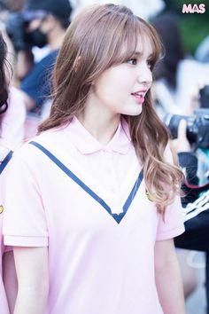 I.O.I - Jeon Somi  #ioi #somi Kpop Girl Groups, Korean Girl Groups, Kpop Girls, Jeon Somi, Pop Photos, Kim Sejeong, Cute Korean, Korean Celebrities, Cute Faces