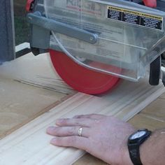 Should You Pull or Push Your Radial-Arm Saw? : Pulling Through a Radial Arm Cut