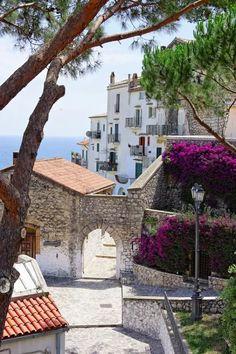 Sperlonga, Latina - Lazio Italy https://it.pinterest.com/pin/330944272601033373/ - Daniela Mar - Google+