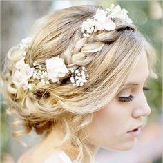 Oh so feminine braided wedding hair. PC: @lindseyorton #weddingchicks #braid #weddinghair #wedding