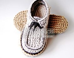 MAKE THESE BEAUTIFUL SLIPPERS FOR THE MEN THAT YOU LOVE IN HIS FAVORITE COLORS OR AS GIFTS FOR ANY OCCASION TO YOUR FAMILY MEMBERS OR FRIENDS. THESE SLIPPERS WILL BE THEIR FAVORITE SLIPPERS BECAUSE THEY ARE BREATHABLE AND COZY. THE JUTE ROPE SOLES ARE RIGID AND FEELS LIKE REAL SOLES. WITH DOUBLE SOLES THEYLL LAST LONGER. YOU CAN FIND YARN AND ROPES IN ALMOST ANY COLOR , SO..... BE CREATIVE ! ♥♥♥♥♥♥♥♥♥♥♥♥♥♥♥♥♥♥♥♥ For helping you in the process of making these great rope soles Ive added two…