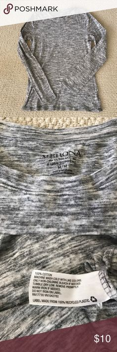 Marled grey long sleeve tee Merona size Medium. The ultimate tee. 100% cotton. Lovely marled grey color. Worn twice. No holes or stains. Merona Tops Tees - Long Sleeve