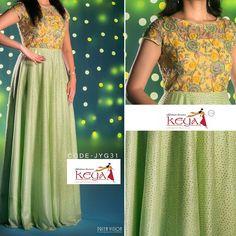 Half Saree Designs, Salwar Designs, Kurti Designs Party Wear, Long Gown Dress, Saree Dress, Long Frock, Long Gowns, Long Dresses, Net Dresses