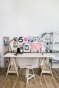 Creative Space / Minimal Desks Simple workspaces, interior design — Designspiration