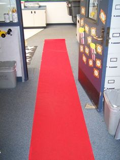 Hollywood Theme Classrooms - Red carpet a MUST