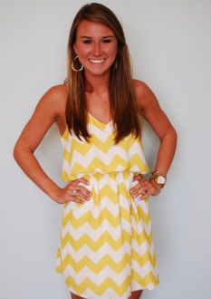 My Fave in Gold looks great with navy jewelry, gold jewelry, or add a pop of hot pink or royal blue! Our model is 53 and wearing a small. Chevron Dress, Chevron Outfits, Yellow Chevron, Cute Fashion, Fashion Outfits, Classy And Fabulous, Dress Me Up, Pretty Dresses, Passion For Fashion