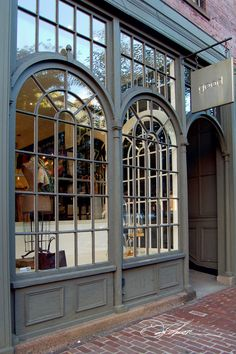 Windows / good / newbury street, boston / david fuller photo boutique in 20 Facade Design, Exterior Design, Cafe Exterior, Cottage Exterior, Shop Interior Design, Store Design, Newbury Street Boston, Decoration Vitrine, Coffee Shop Design